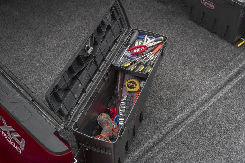 NOVISauto CARRYBOY Pickup Ladeflächen Werkzeugbox Staubox schwenkbar für GMC Sierra / Chevrolet Silverado 2012-2018 viel Stauraum Zuladung bis 32kg