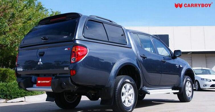 CARRYBOY Hardtop mit Schiebefenster 560-MTD Mitsubishi L200 Doppelkabine Kurzbett 2005-2015 Vollglas Heckscheibe mit Heizung
