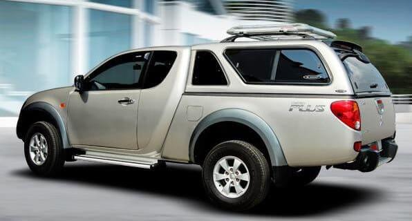 CARRYBOY Hardtop mit Schiebefenster 560-MTCP Mitsubishi L200 Clubcab Extrakabine 2009-2015 Lackierung in Wagenfarbe