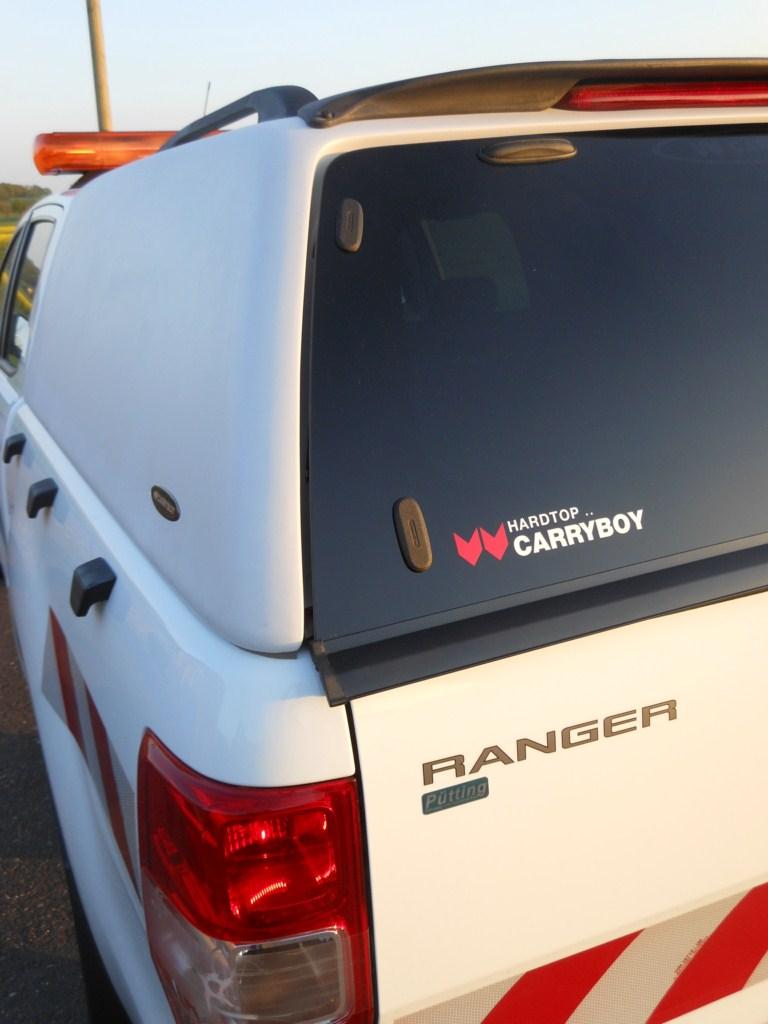 Ford Ranger Extrakabine Extracab CARRYBOY Hardtop 560oS ohne Seitenfenster getönte Heckscheibe mit Heckscheibenheizung