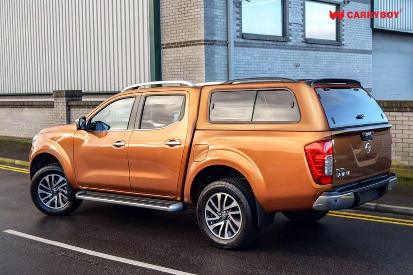 Nissan Navara NP300 Doppelkabine Hardtop mit seitlichen Schiebefenstern 560 von CARRYBOY gesicherte Ersatzteilversorgung