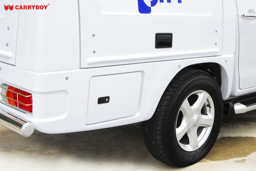 CARRYBOY Fahrgestellaufbau Kofferaufbau für Ford Ranger Singlecab verschließbare Seitenklappen