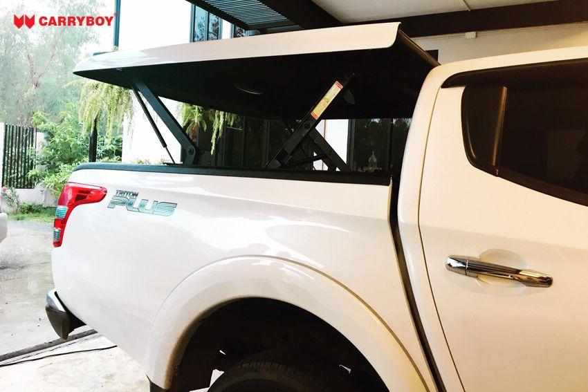 CARRYBOY Laderaumabdeckung Deckel mit Motorhub SMX Mitsubishi L200 auf Kabinenhöhe fahrbar