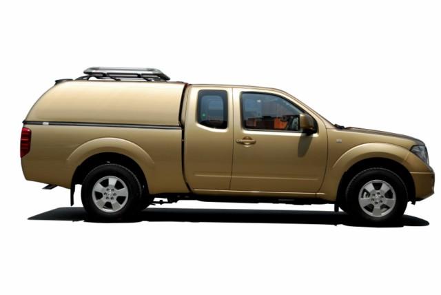 CARRYBOY Hardtop geschlossene Seiten ohne Fenster 560oS-MTC Mitsubishi L200 Clubcab Extrakabine 2005-2015 Lackierung in Wagenfarbe