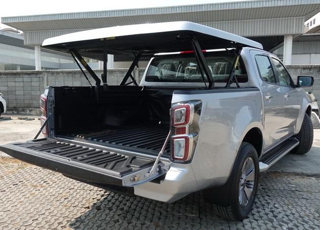 CARRYBOY Laderaumabdeckung SMX mit Motorhub mit Wanne kombinierbar
