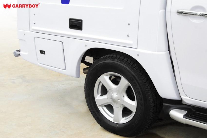 CARRYBOY Fahrgestellaufbau Kofferaufbau für Ford Ranger Singlecab Schutzschürze