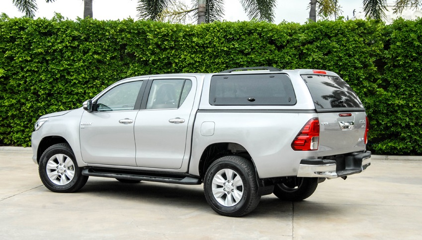 SON Hardtop Toyota Hilux Invincible