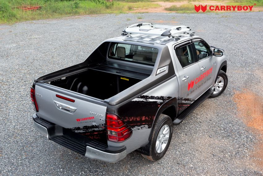 CARRYBOY Laderaumabdeckung mit Stylingbar 799 Toyota Hilux offen