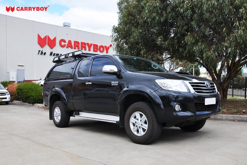 CARRYBOY Hardtop mit großen Schiebefenstern 560gF-TRC Toyota Hilux Revo Invincible Extrakabine getönte Schiebefenster