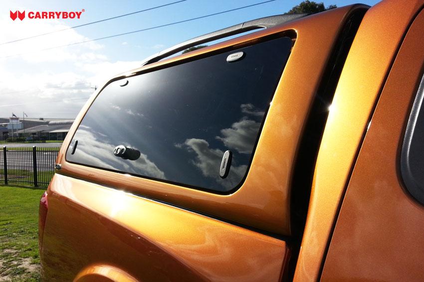 CARRYBOY Hardtop SO mit Glasklappen für Renault Alaskan Doppelkabine Ersatzteile verfügbar GFK Hardtop