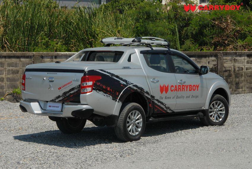 CARRYBOY Laderaumabdeckung R-795 mit Stylingbügel für Toyota Hilux 2016+ mit Deckel