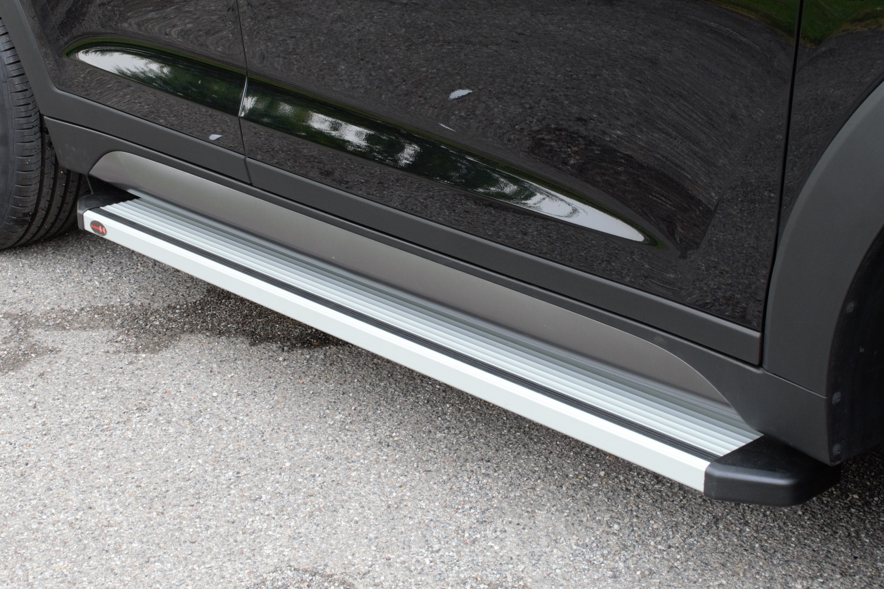 NOVISAUTO Aluminium Trittbrett STD für Ford Ranger Extrakabine mit bequemer Antirutsch Gummieinlage