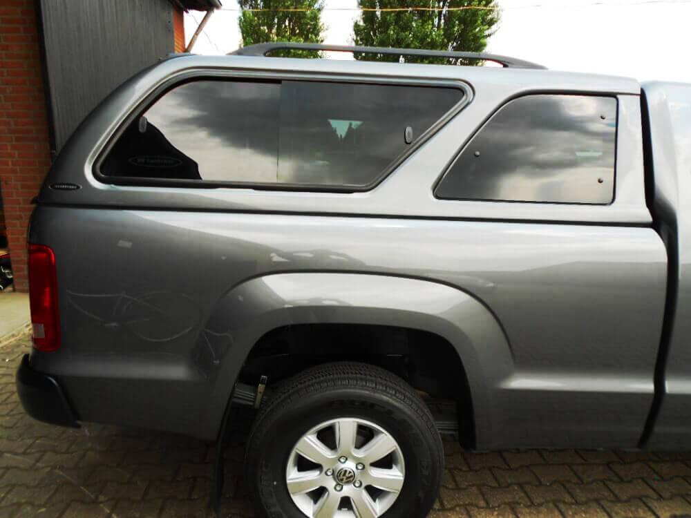 CARRYBOY Hardtop mit Schiebefenster Mitsubishi L200 Einzelkabine getönte Seitenscheibe