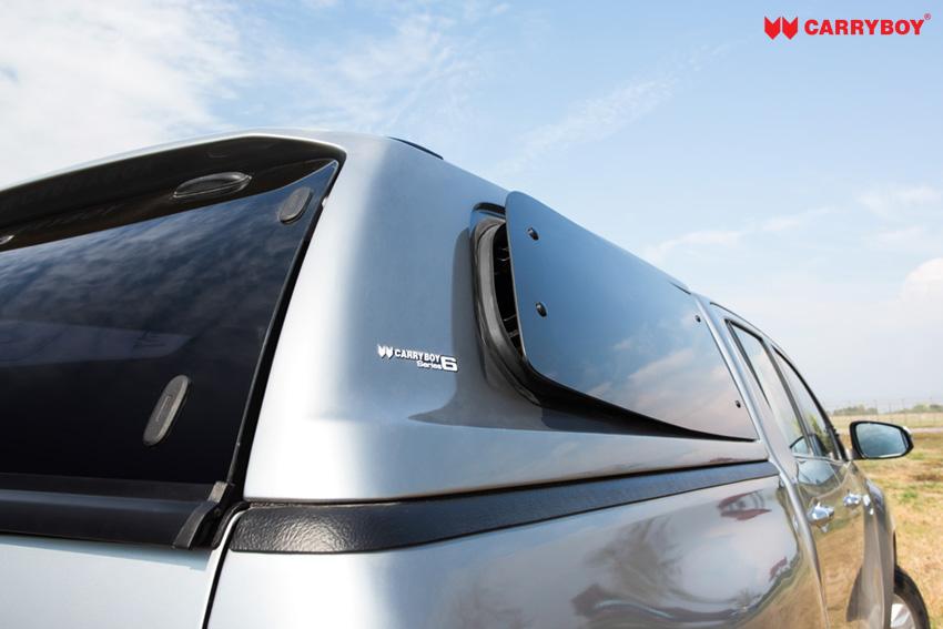 CARRYBOY Design Hardtop mit getönten Ausstellfenster S6 für VW Amarok Doppelkabine Seitenfenster offen