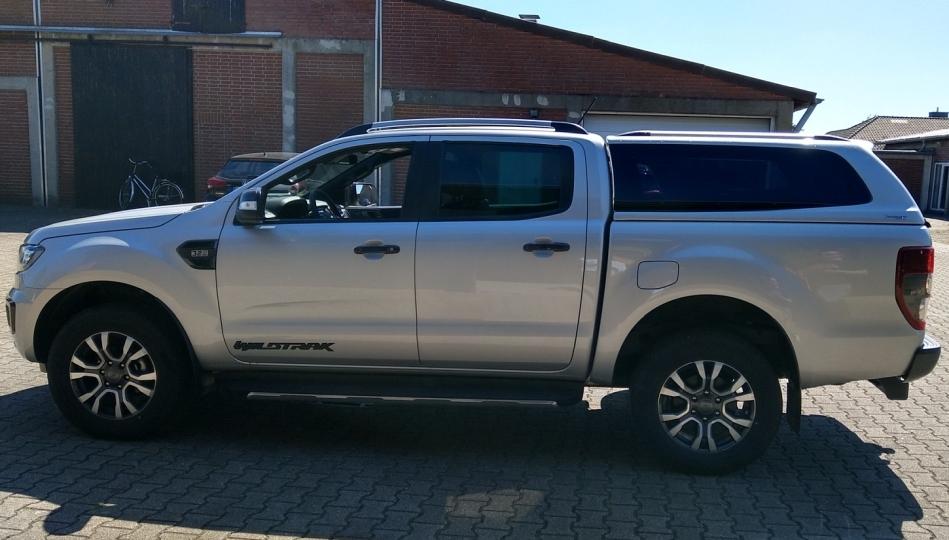 CARRYBOY Hardtop mit Ausstellfenster für Ford Ranger Doppelkabine