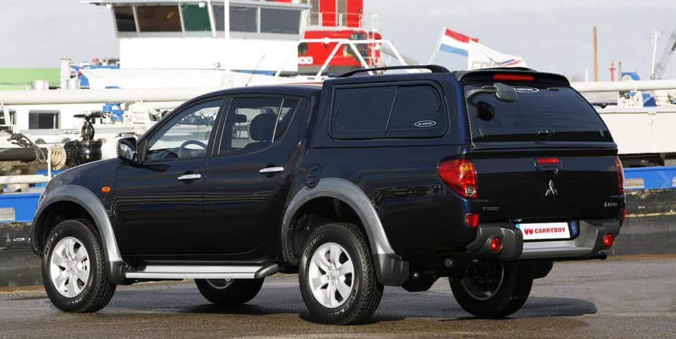 CARRYBOY Hardtop mit Schiebefenster 560-MTDL Mitsubishi L200 Doppelkabine Langbett 151cm belastbare Dachreling