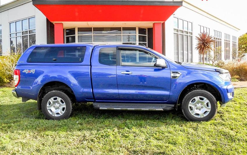 Ford Ranger Extracab Hardtop SON mit Klappfenster