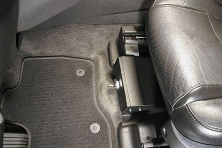 Novisauto - fest eingebaute, gesicherte Autosafe-Schublade-unter-Sitz
